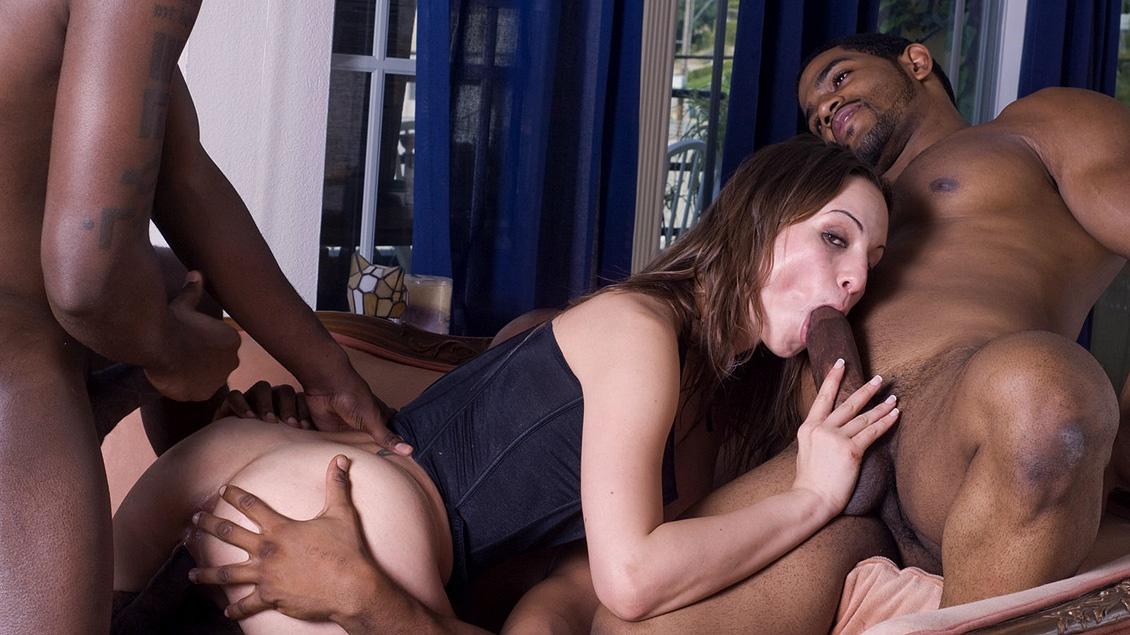 приложении опишу жену трахает черный порно онлайн устои семьи