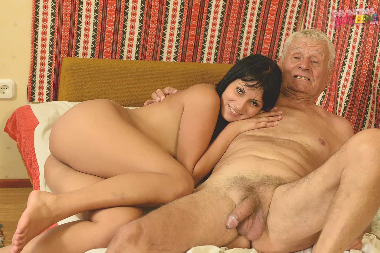 Old And Young Pics On Hot