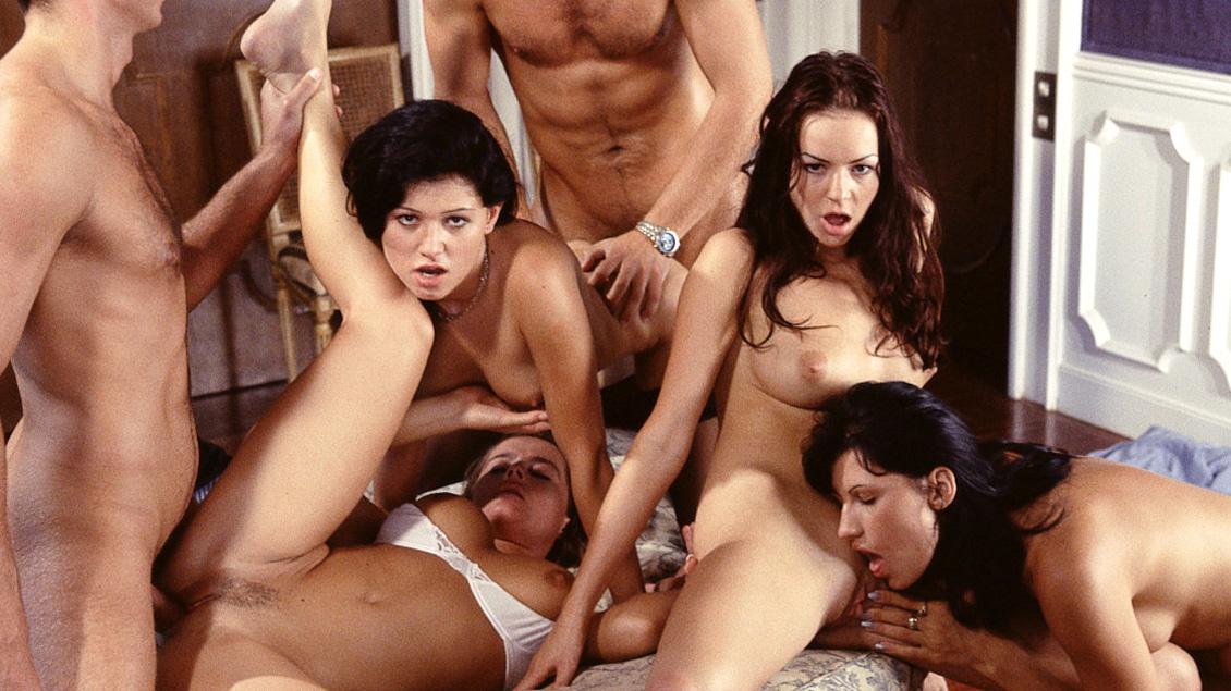 Скачать групповое порно мп 4 на телефон