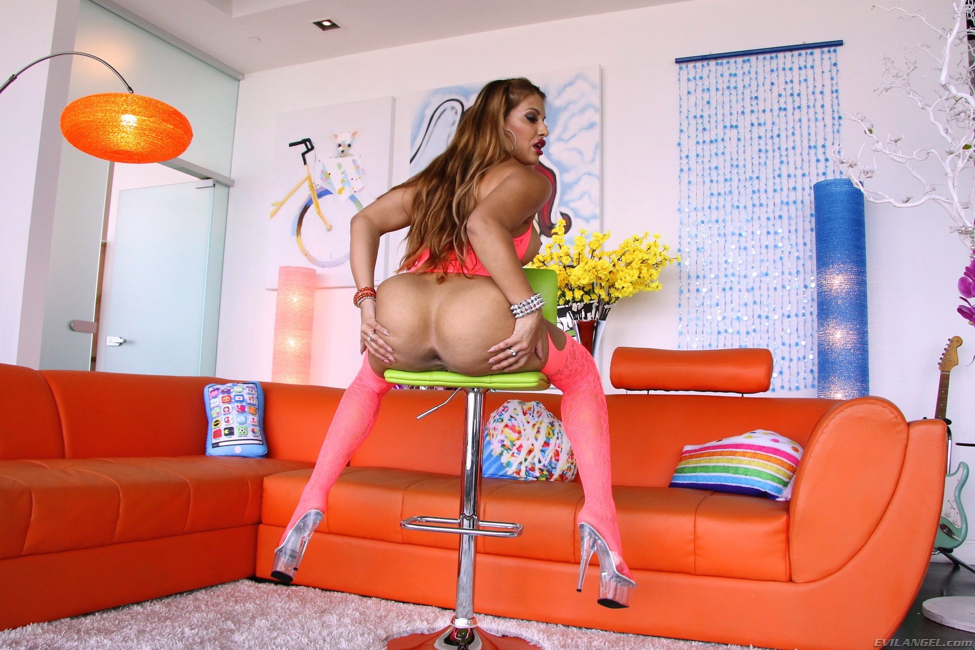 mercedes carrera in evilangel phat-ass milf mercedes' anal stuffing
