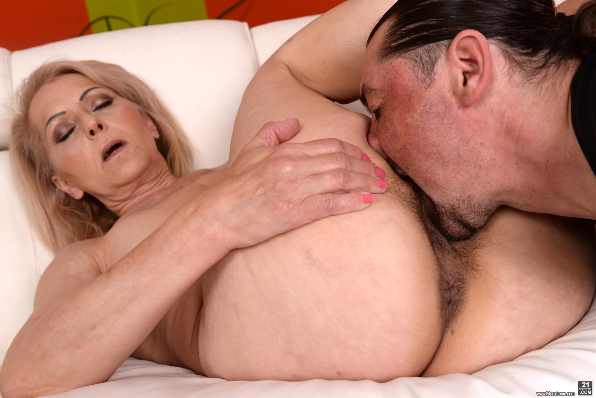 Mit Fetisch Fuss Freundin