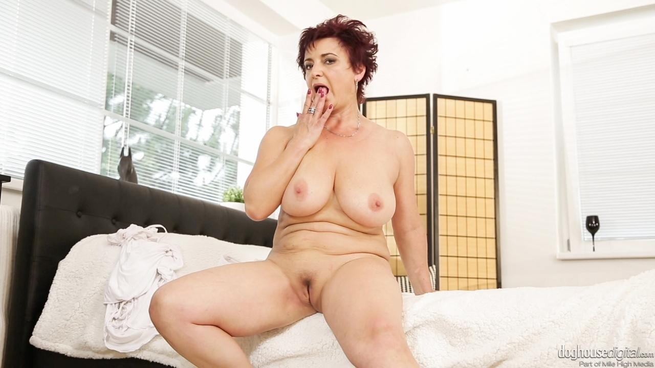 mom sex son nude