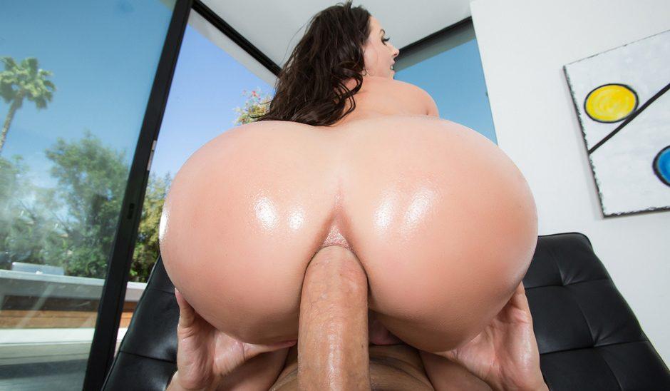 Angela white natural tits
