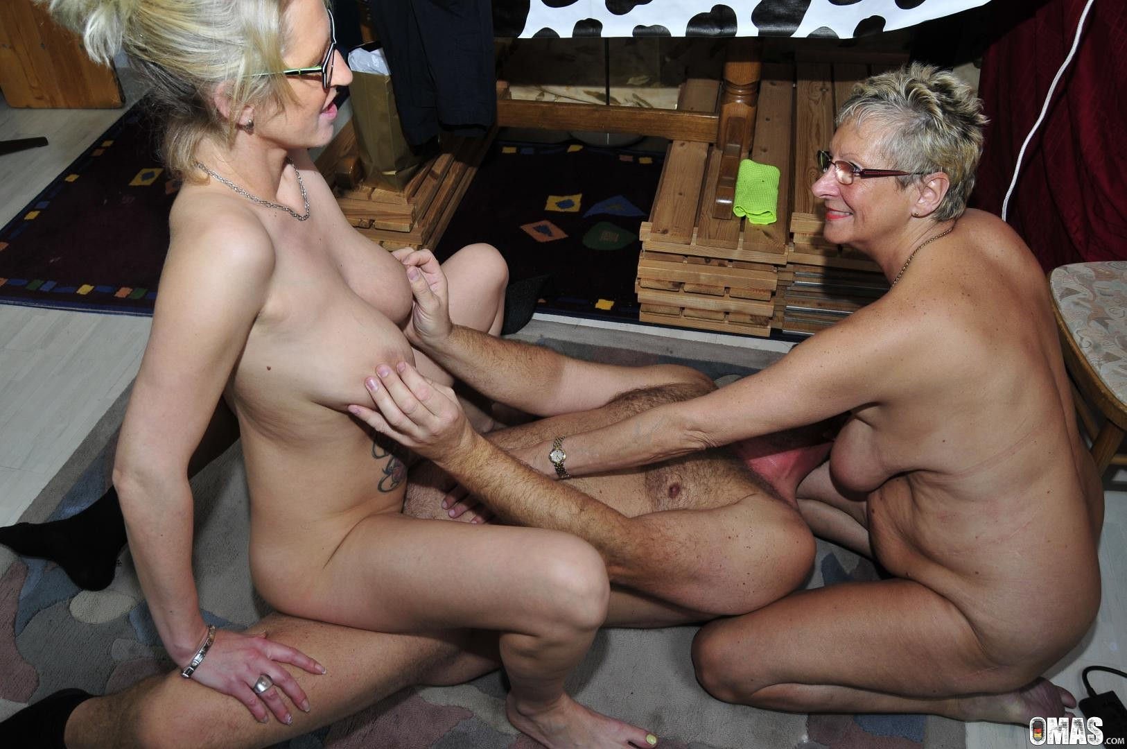 Threesome Anal Blonde